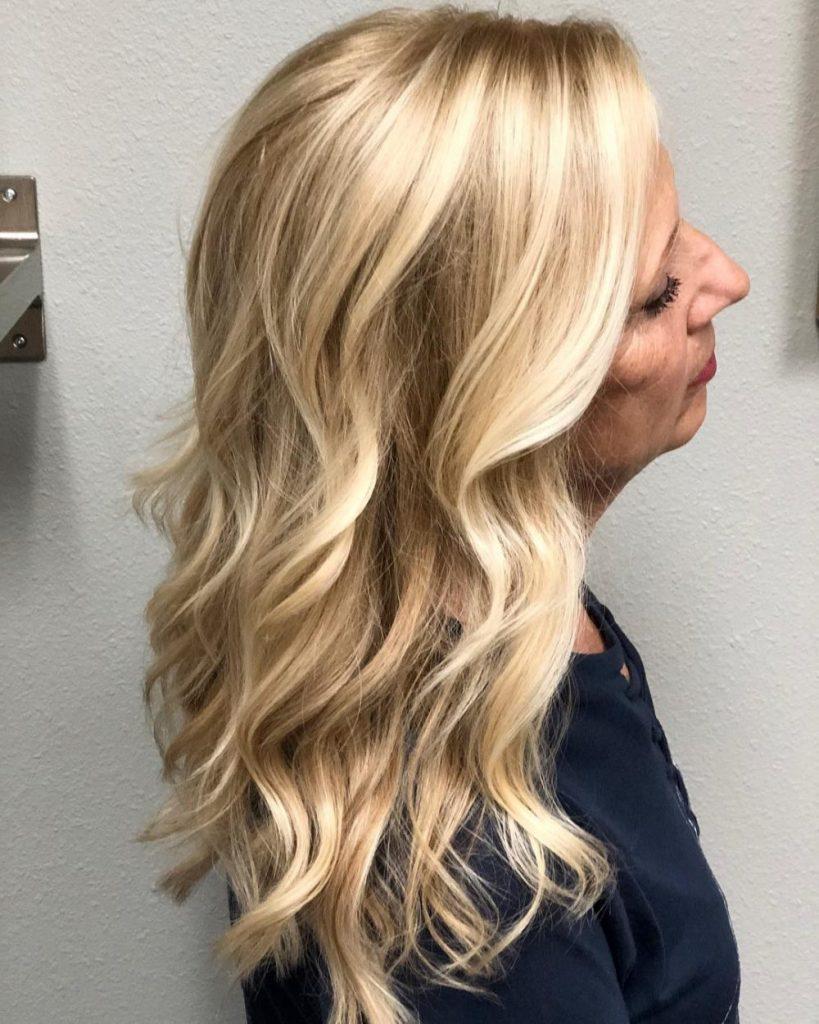 Włosy kręcone naturalne